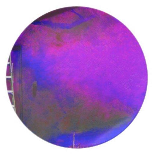 Fondo azul y negro púrpura con la foto de la escal plato