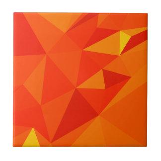 Fondo bajo abstracto anaranjado del polígono de la azulejo cuadrado pequeño
