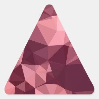 Fondo bajo abstracto púrpura imperial del polígono pegatina triangular