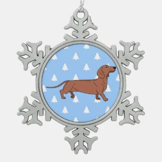 Fondo blanco del árbol de navidad de Doxie del Adorno De Peltre En Forma De Copo De Nieve
