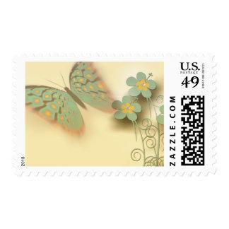 Fondo bonito de la mariposa y de la flor estampilla