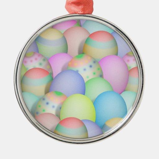 Fondo coloreado de los huevos de Pascua Ornatos