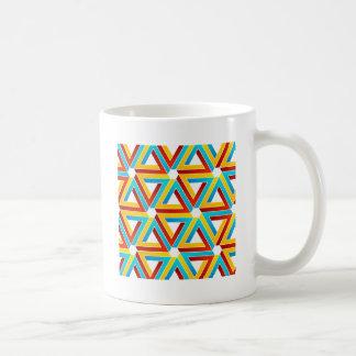 Fondo con los triángulos subiós pluma tazas