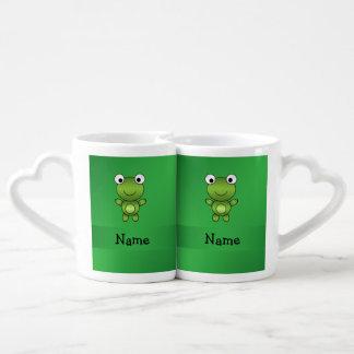 Fondo conocido personalizado del verde de la rana tazas amorosas