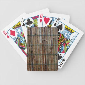 fondo de bambú de la estera barajas de cartas