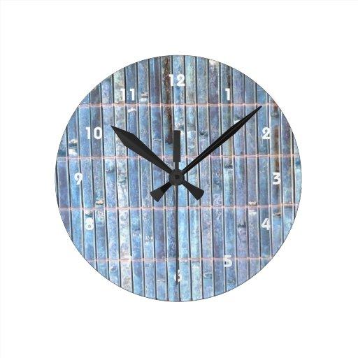 fondo de bambú del azul de la estera reloj redondo mediano