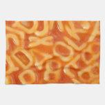 Fondo de espaguetis formados alfabeto toalla de mano