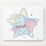 Fondo de la estrella de la sentada de Dumbo Tapetes De Ratones