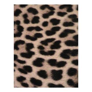 Fondo de la piel del leopardo membrete a diseño