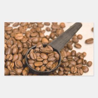 Fondo de los granos de café pegatina rectangular
