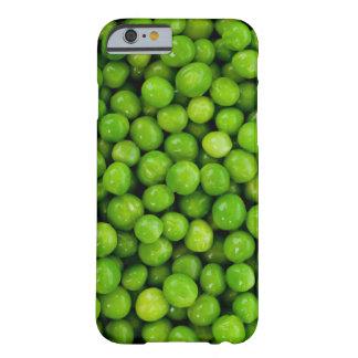 Fondo de los guisantes verdes funda de iPhone 6 barely there