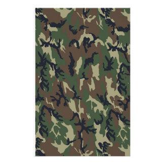 Fondo de los militares del camuflaje del arbolado
