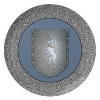 Fondo del azul de Chainmail del unicornio del Plato De Cena
