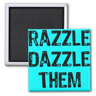 Fondo del azul de la RazzleDazzleThem-Luz del text Imán Cuadrado