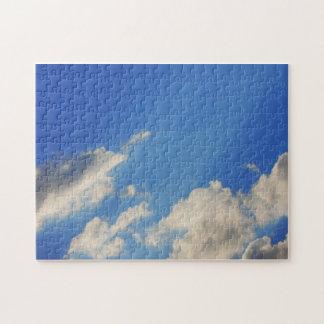 Fondo del cielo azul rompecabezas con fotos