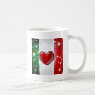 Fondo del corazón de la bandera de Italia del amor Taza De Café
