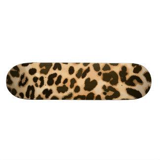 Fondo del estampado leopardo tabla de patinar