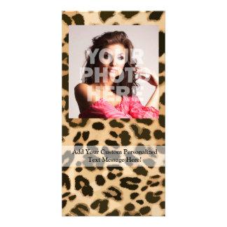 Fondo del estampado leopardo tarjeta con foto personalizada