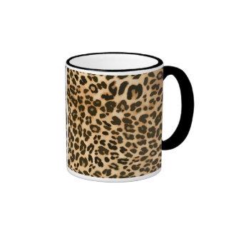 Fondo del estampado leopardo tazas