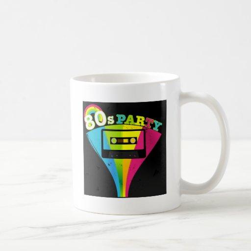 fondo del fiesta 80s taza de café
