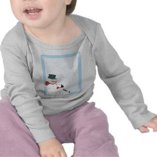 Fondo del muñeco de nieve camiseta