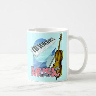 fondo del verde azul del violín y del teclado de taza clásica