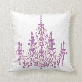 Fondo del vintage chandeliers/DIY de PixDezines Cojín Decorativo