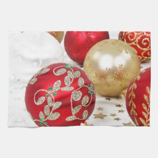 Fondo festivo de los ornamentos del navidad del dí toalla