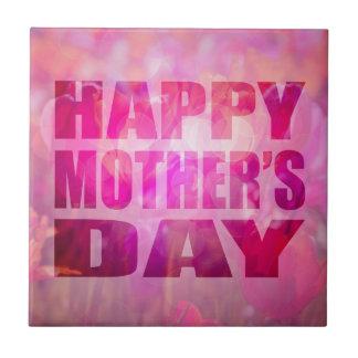 Fondo floral de madres del texto feliz del día azulejo cuadrado pequeño