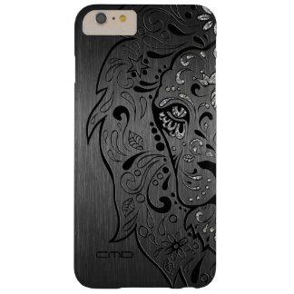 Fondo gris metálico del león del cráneo negro del funda de iPhone 6 plus barely there