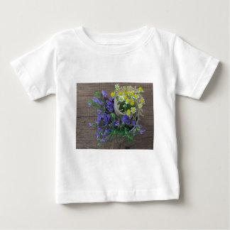 fondo herbario hermoso tshirts