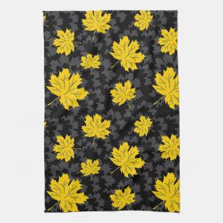 Fondo hermoso del otoño toallas de mano
