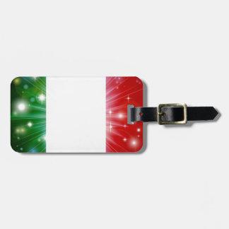 Fondo italiano de la bandera etiquetas maletas