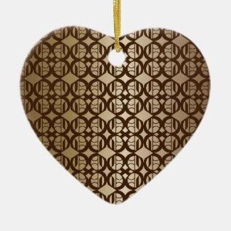 Fondo ligado cobre adorno navideño de cerámica en forma de corazón