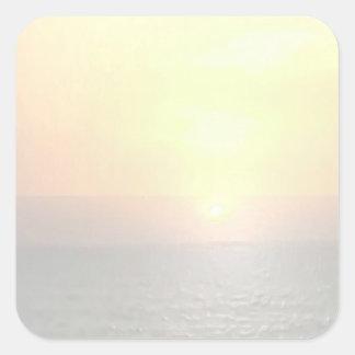 Fondo ligero del espacio en blanco de la sombra - pegatina cuadrada