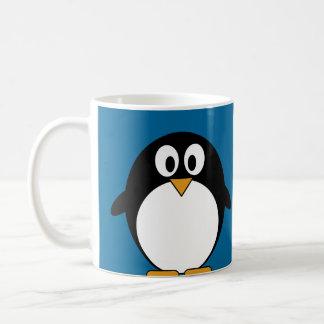 fondo lindo del azul del pingüino del dibujo taza básica blanca