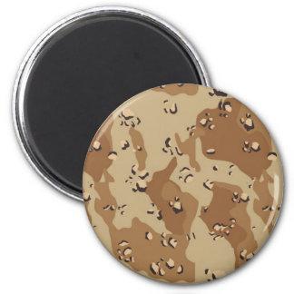 Fondo militar del camuflaje del desierto imán redondo 5 cm