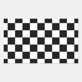 Fondo negro y blanco del tablero de damas pegatina rectangular