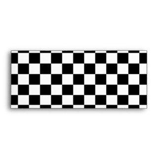 Fondo negro y blanco del tablero de damas sobres