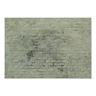 Fondo pintado gris de la textura de la pared de invitaciones personalizada
