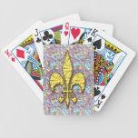Fondo psicodélico de la flor de lis del oro baraja cartas de poker