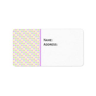 Fondo punteado primavera en colores pastel etiquetas de dirección