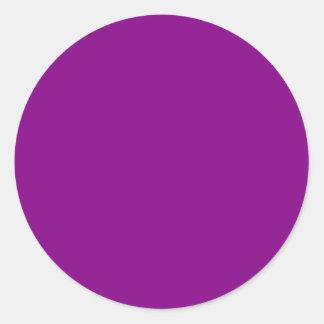 Fondo púrpura de color sólido del ciruelo profundo pegatina redonda