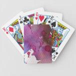 Fondo púrpura de la acuarela barajas de cartas