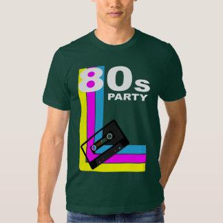 Fondo retro del fiesta camisas