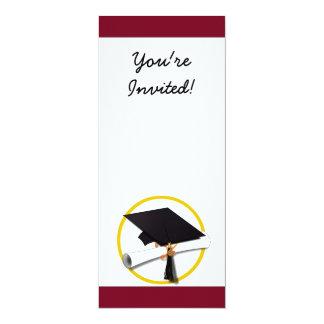 Fondo rojo del casquillo y del diploma de la comunicados