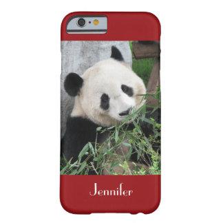 fondo rojo oscuro de la panda gigante del caso del funda barely there iPhone 6