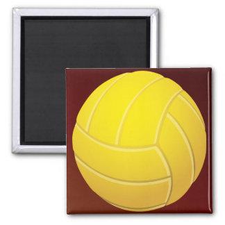 Fondo rojo terroso del voleibol amarillo imán cuadrado