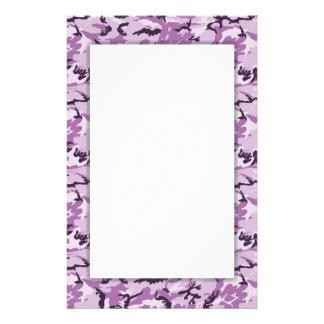 Fondo rosado de los militares del camuflaje papelería personalizada