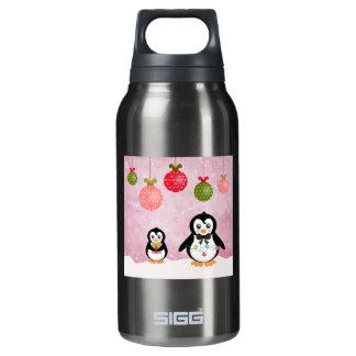 Fondo rosado de los pingüinos adorables del botella isotérmica de agua